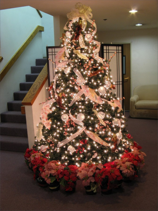 30 Beautiful Christmas Tree Decorating Ideas That You Will Love ...