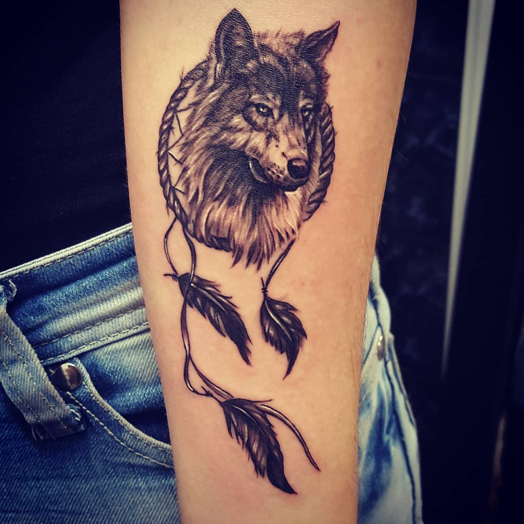 50 make a powerful style statement with wolf tattoos ideas. Black Bedroom Furniture Sets. Home Design Ideas